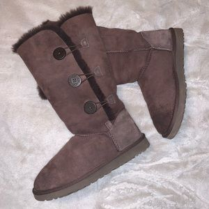 Chocolate Brown Tall Button Up UGGS - Size 9